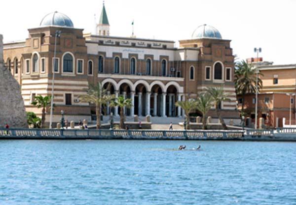 توضيح من إدارة الرقابة على النقد بمصرف ليبيا المركزي حول آلية ترجيع مخصصات أرباب الأسر المصروفة بالمخالفة
